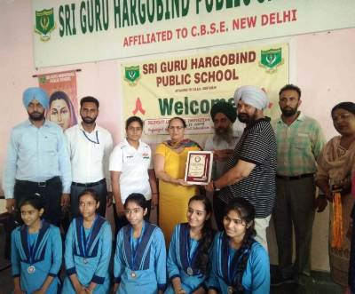 Girls won Silver in Chess in District Tournament